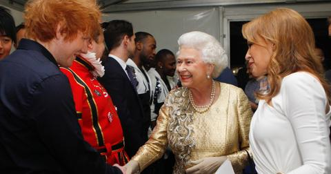 ed-sheeran-queen-elizabeth-1570648675509.jpg