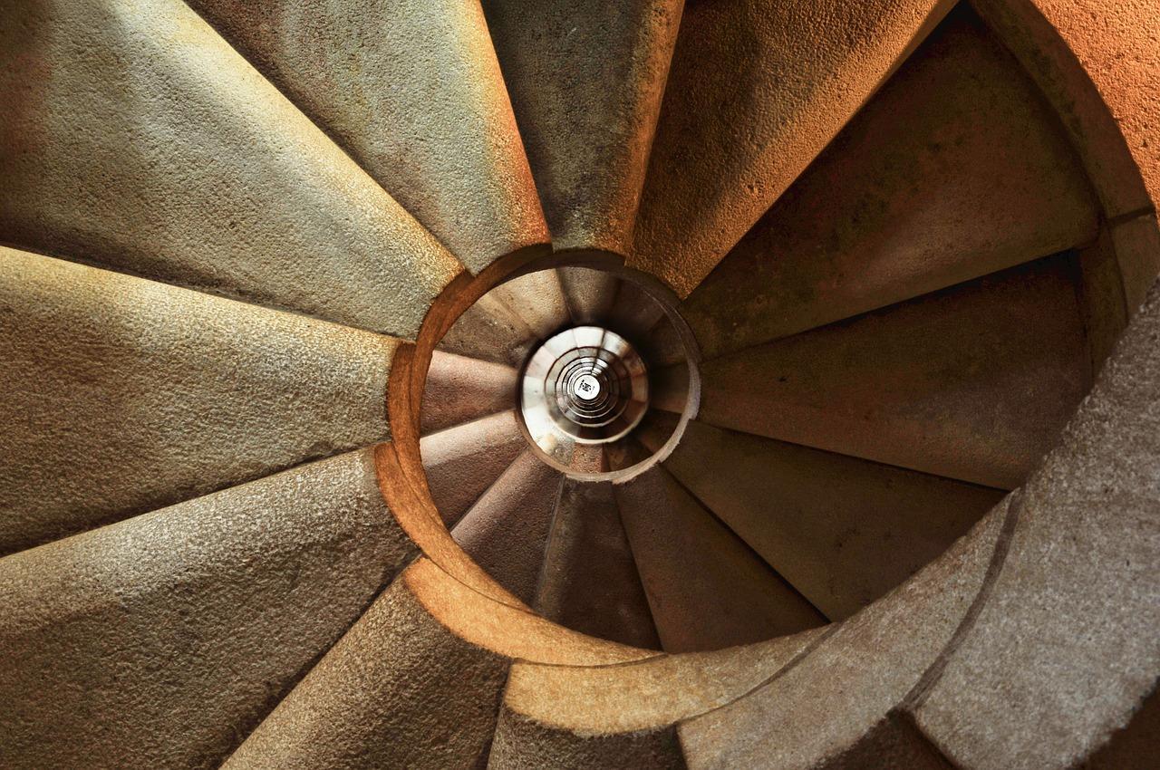 staircase-600468_1280-1498848659686.jpg