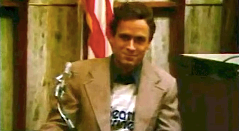 ted-bundy-on-the-stand-1548274227861.png