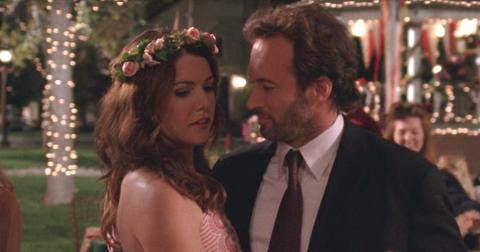 lorelai-and-luke-1555956065808.jpg