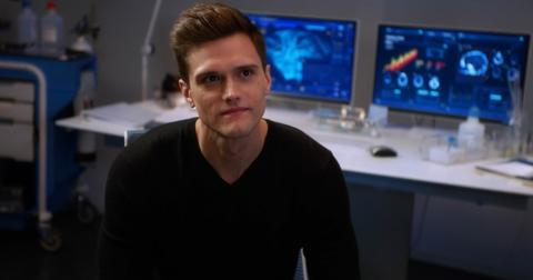 ralph-dibny-the-flash-2-1575479863671.jpg
