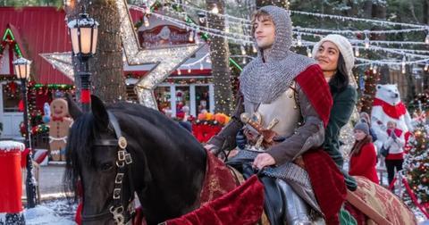 knight-before-christmas-netflix--1571758150637.jpg