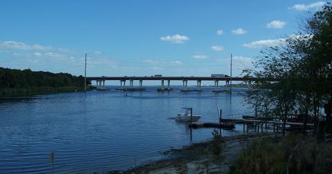 st-johns-river-bridge-1556653663845.jpg