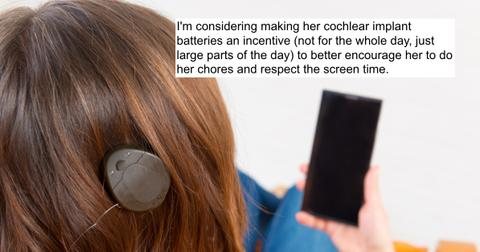 featured-cochlear-implants-1595874524116.jpg