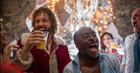 office-christmas-party-funny-movies-1577137383478.jpg