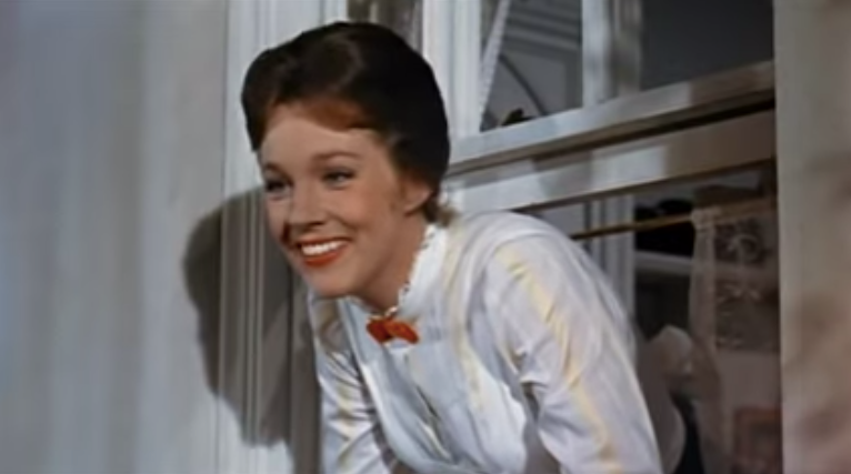 julie-andrews-in-mary-poppins-1544567197171.png