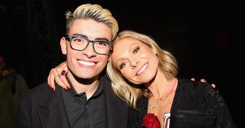 michael-consuelos-mom-kelly-ripa-1588358039116.jpg