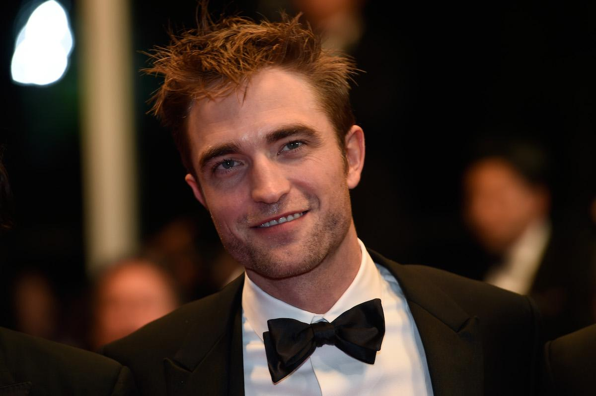 robert-pattinson-hair-1544474051361.jpg