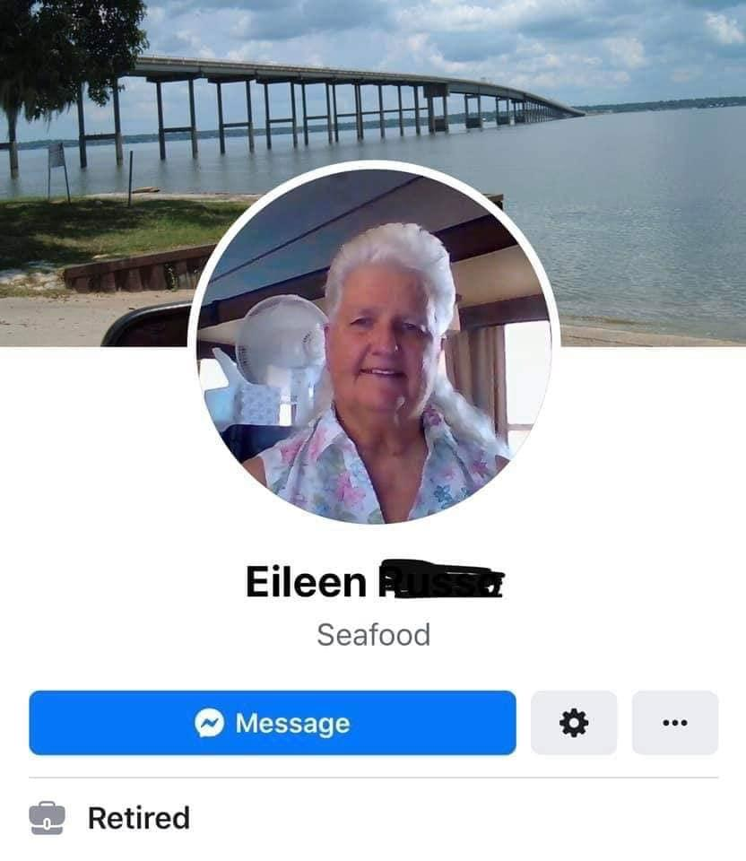 1-old-lady-fb-1566575343522.jpg