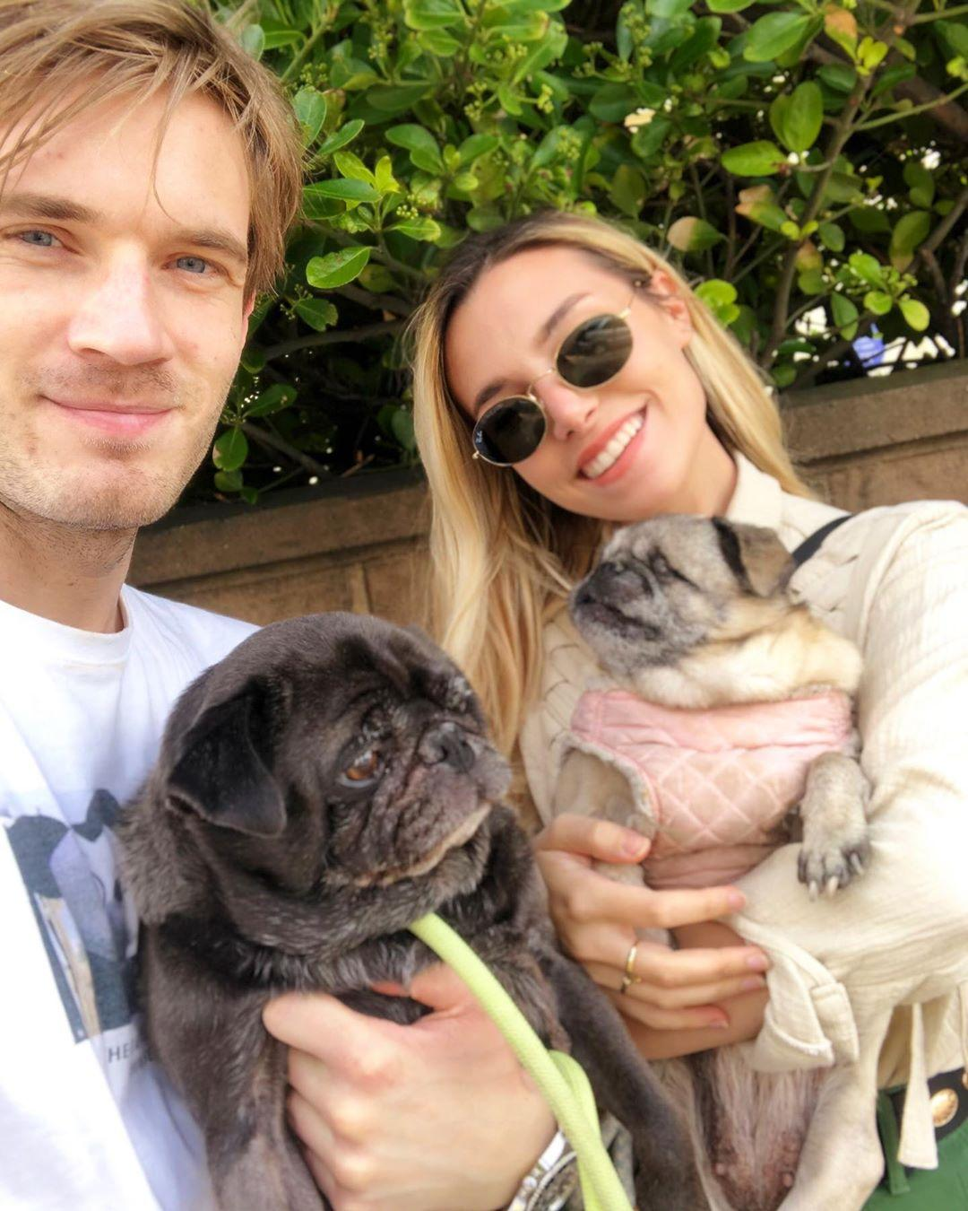 pewdiepie-marzia-wedding-photos-1566311720194.jpg
