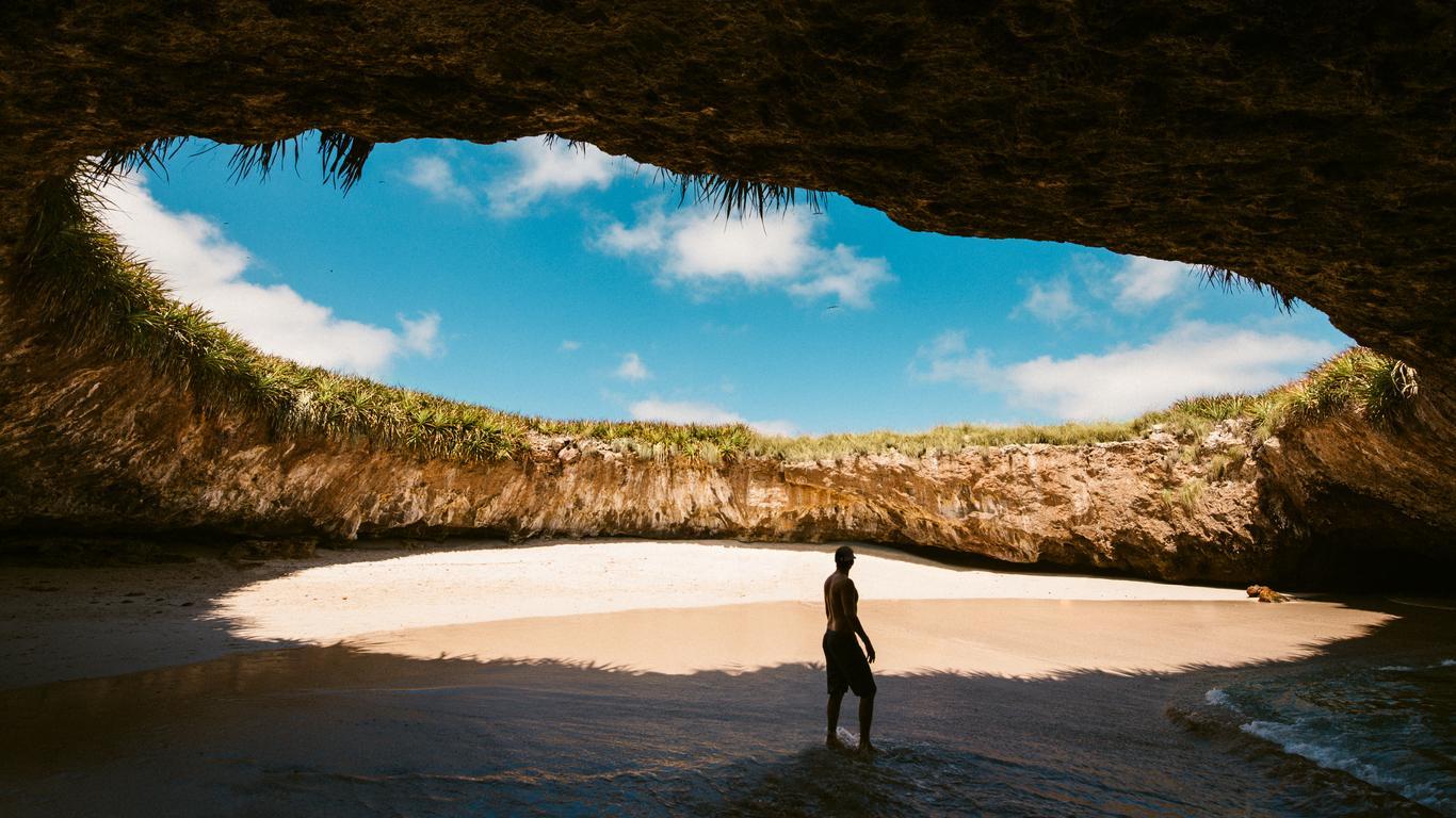 private-island-caretaker-1545935773752.jpg