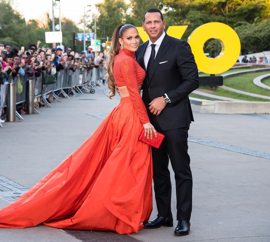 12-odd-celeb-couples-1576610253391.jpg