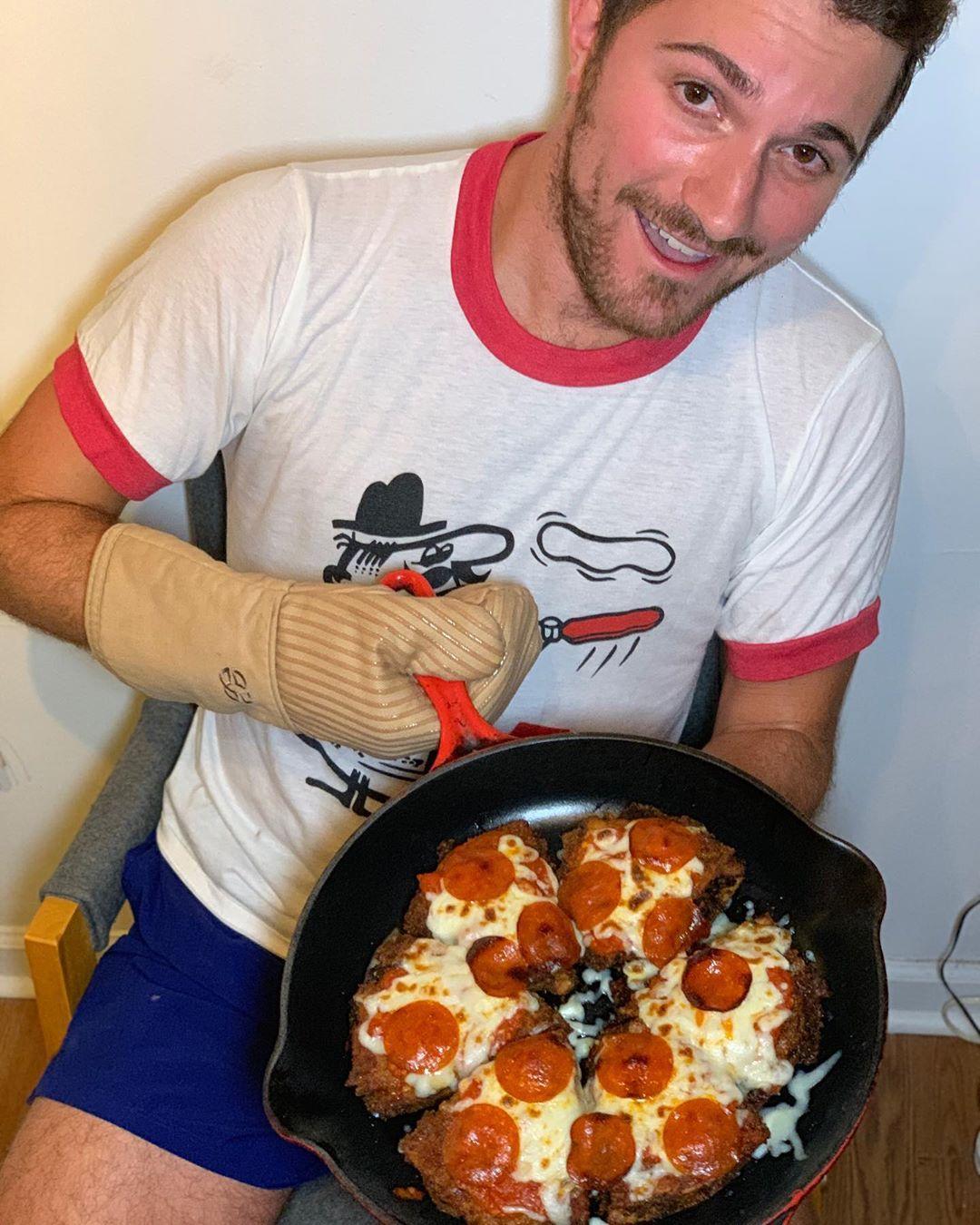 shay-pizzadilla-1-1566832636436.jpg