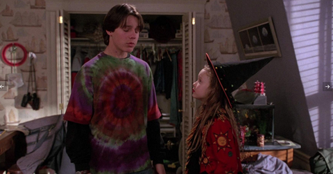 little-girl-from-hocus-pocus-now-1-1569961736379.png