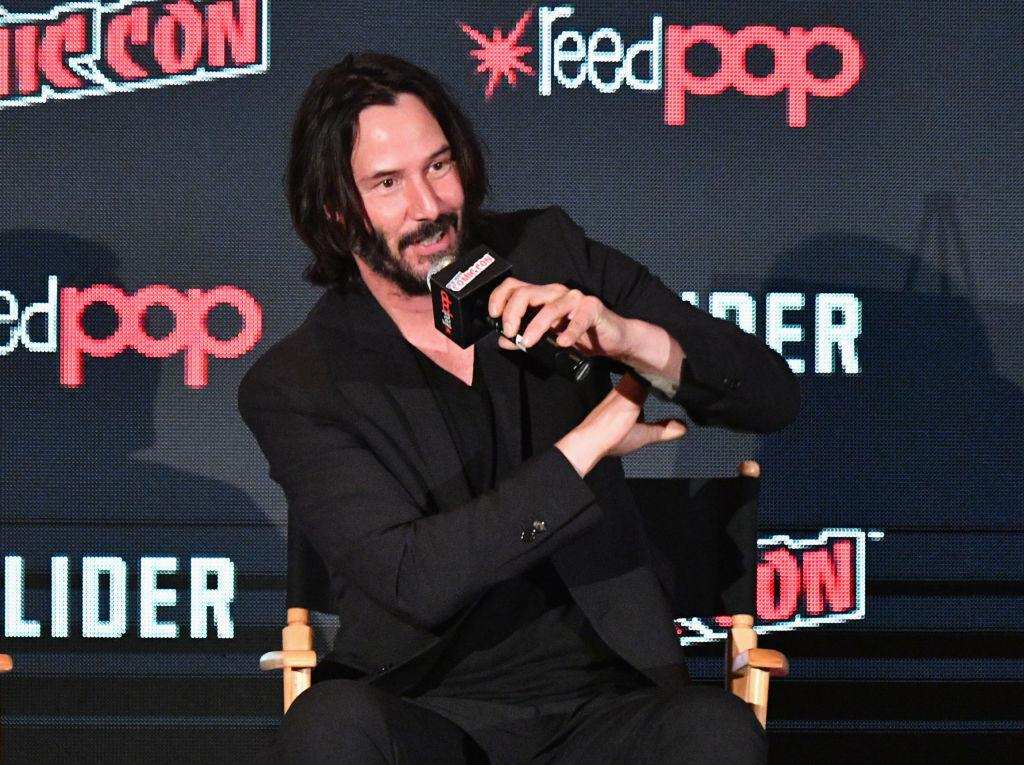 celebrities-not-american-keanu-reeves-1546886111342.jpg