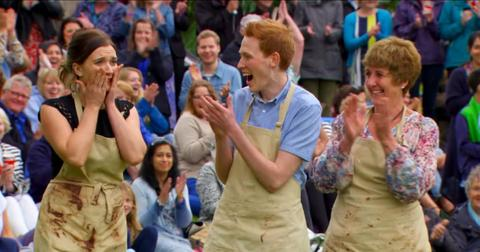 what-do-you-win-on-great-british-baking-show-1603482848118.jpg