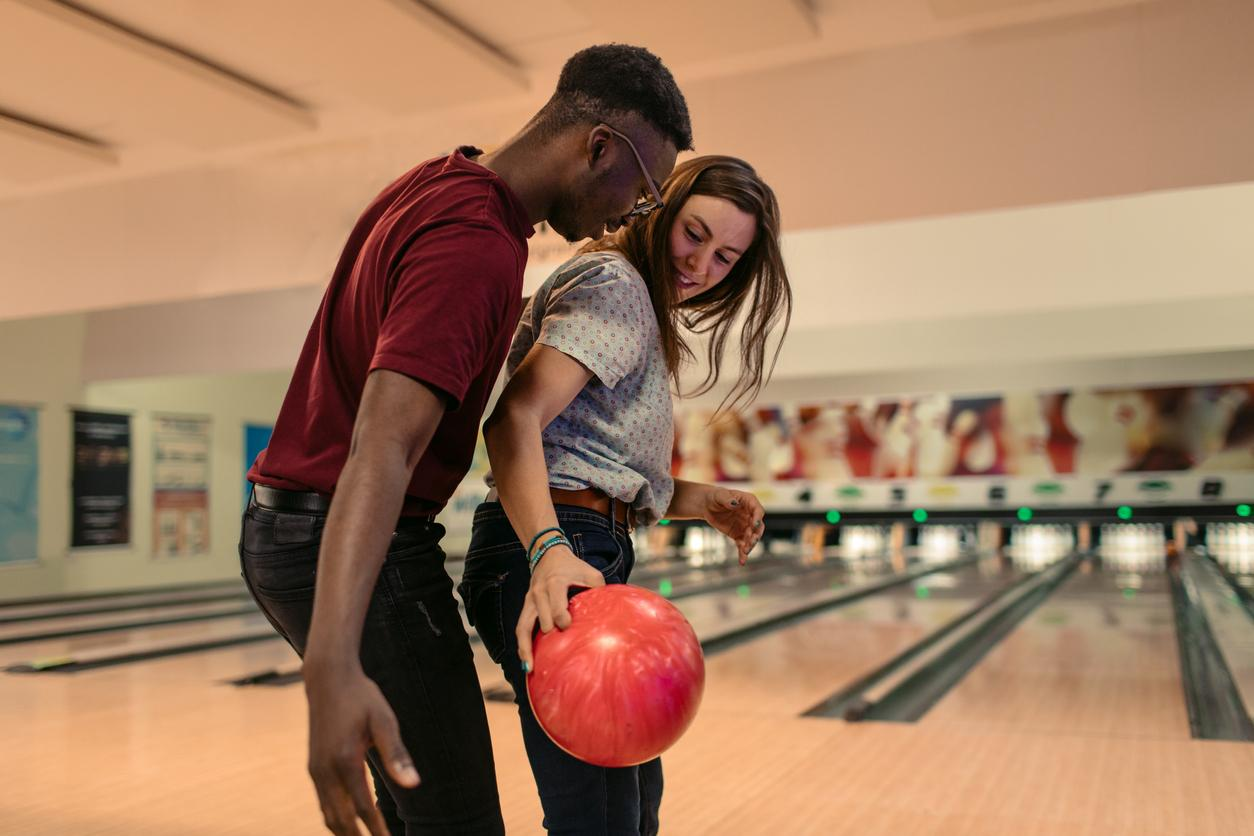 bowling-1581480988540.jpg
