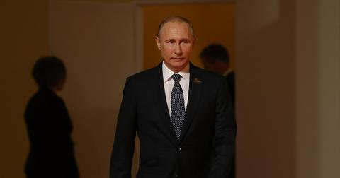 Does Vladimir Putin Have Parkinson S Why He May Be Stepping Down