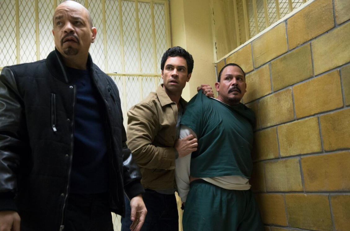 why-did-danny-pino-leave-svu-1-1578609104737.png