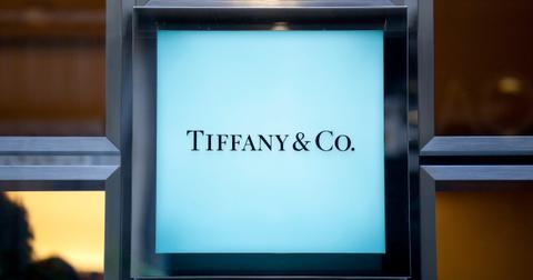 tiffany-blue-box-1559669217557.jpg