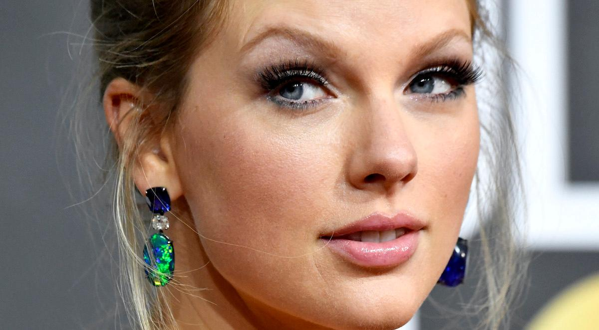taylor swift topic page