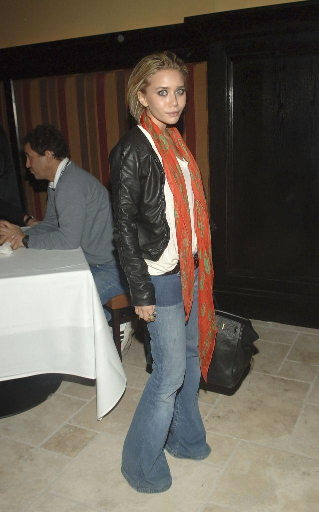 8-2000s-fashion-mary-kate-olsen-1569517107765.jpg