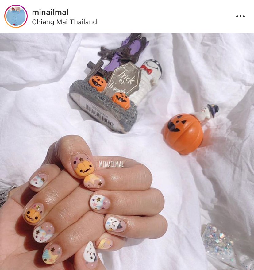 halloween-nail-ideas-6-1570643716907.PNG
