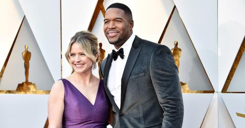 michael-strahan-strahan-and-sara-1556559098546.jpg