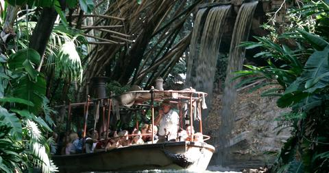 jungle-cruise-boat-disney-1582844880145.jpg