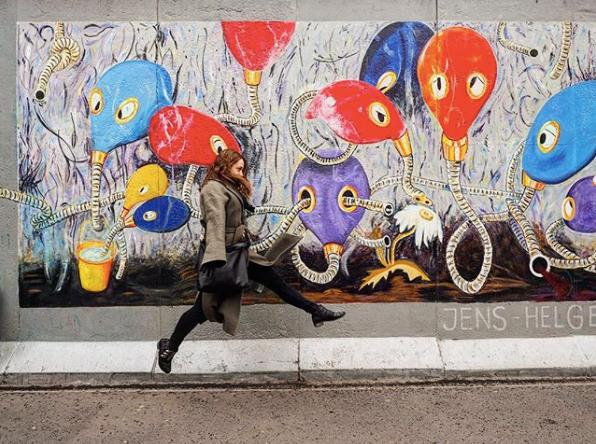 16-berlin-wall-1556815624048.jpg
