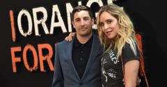 Actor Jason Biggs and wife Jenny Mollen