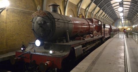 hogwarts-express-1550867181981-1550867184123.jpg
