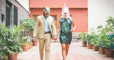couples-halloween-costume-1571944815218.jpg