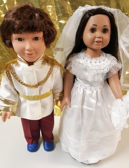 meghan-harry-wax-live-figures-17-1544633046853.jpg