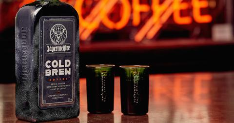 jagermeister-cold-brew-coffee-lifestyle-1-1570136455348.jpg