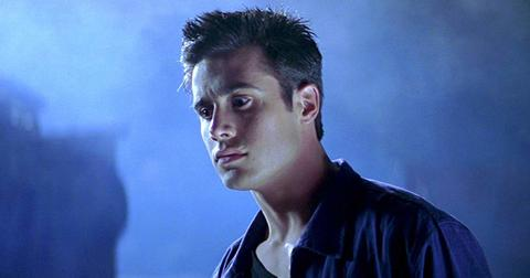 freddie-prinze-jr-i-know-what-you-did-last-summer-1-1579622928494.jpg