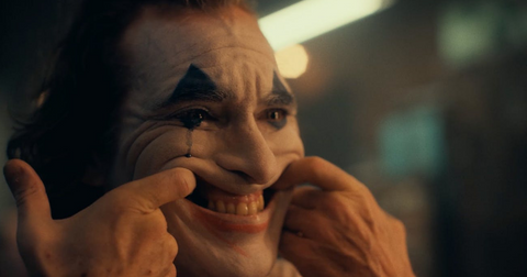 joker-smile-1567115784362.png