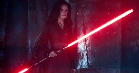 rey-red-lightsaber-sith-1576863811992.png