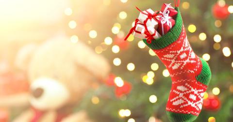 fun-ways-to-do-secret-santa-small-present-hunt-1574200322940.jpg