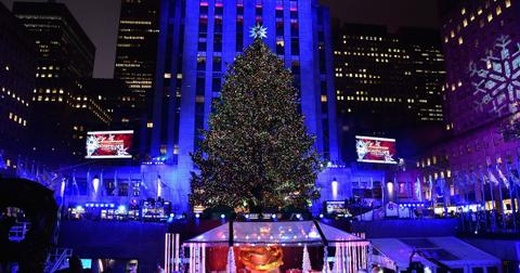 when do they take down the christmas tree in rockefeller center