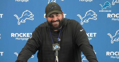 matt-patricia-crutches-1568407584088.jpg