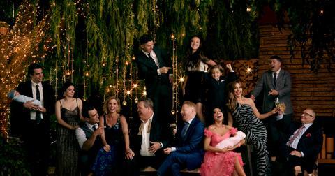 modern-family-cast-1581527127628.jpg