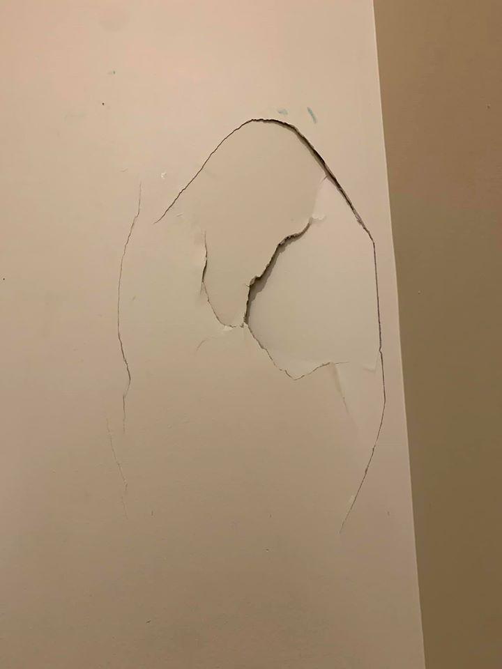 1-broken-wall-1579109772508.jpg
