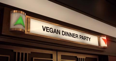vegan-dinner-party-1-1549286919816-1549286922275.jpg