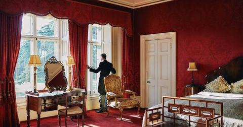 highclere-castle-airbnb-1568907580422.jpg