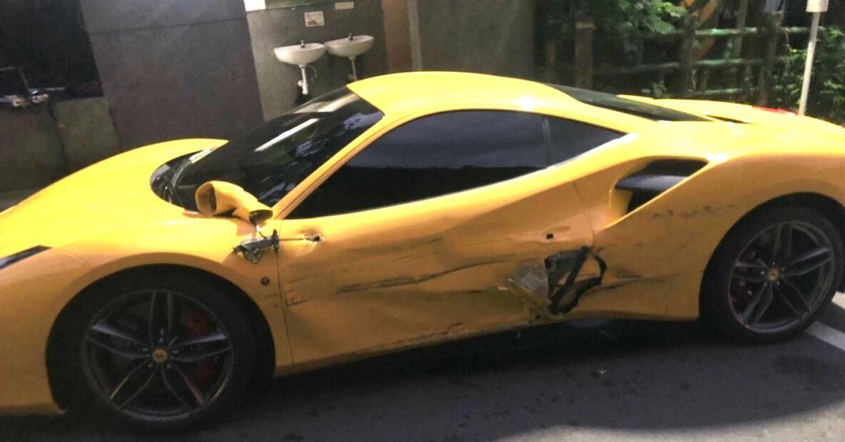 ferrari-crash-cver-1545407908452.jpg