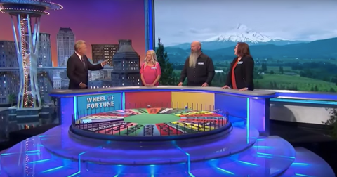 1-wheel-of-fortune-1571169809677.jpg