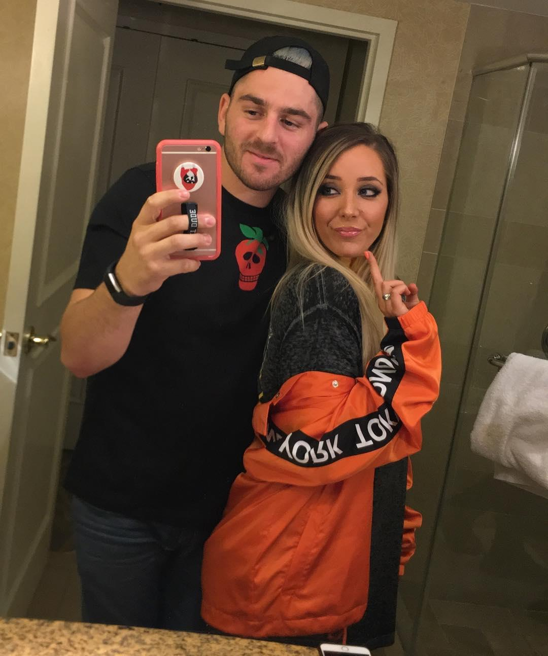 jenna-marbles-and-julien-solomita-1567107727782.jpg