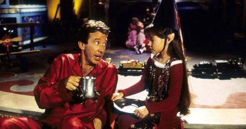 disney-plus-christmas-movie-4-1575669014746.jpg