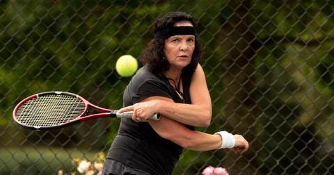tennis-left-handed-1560452217707.jpg